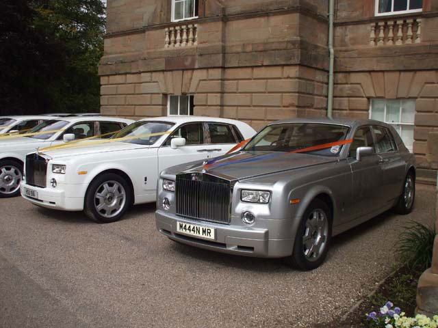 Silver and white Rolls Royce Hire