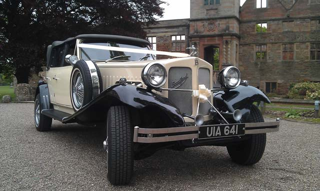 Front view vintage wedding car