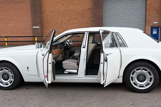 rolls royce phantom wedding hire white manns limousines. Black Bedroom Furniture Sets. Home Design Ideas