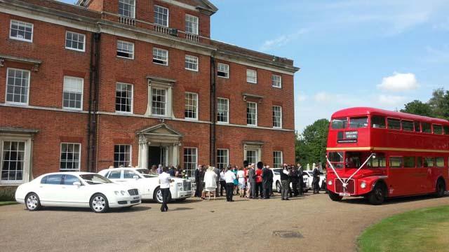 luxury wedding cars for prestige wedding car hire birmingham