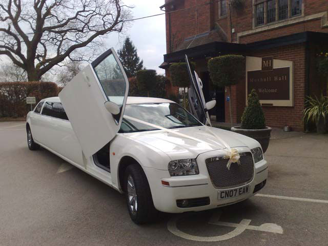 chrysler prom limo hire