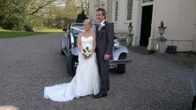 Great vintage Wedding Car Hire