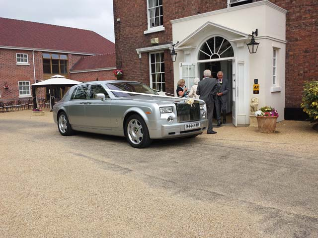 Wedding day car hire Birmingham