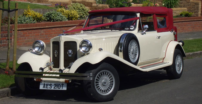 Ivory Beauford Tourer classic car for wedding cars to hire