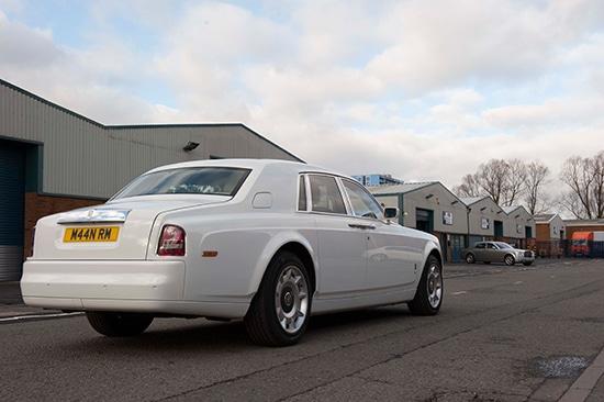 wedding car hire Manns Limousines Wedding Hire