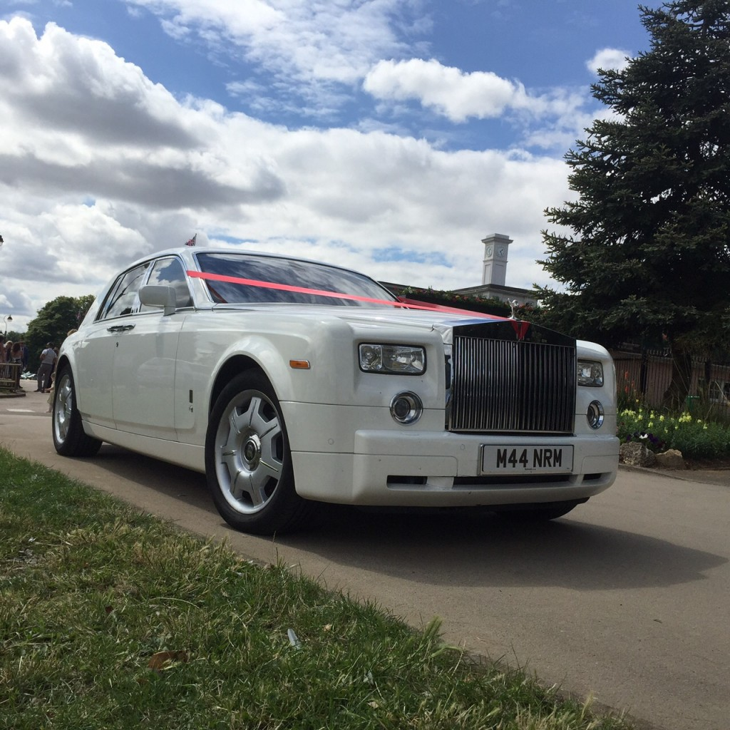 White Rolls Royce Phantom for prestige wedding car hire Birmingham