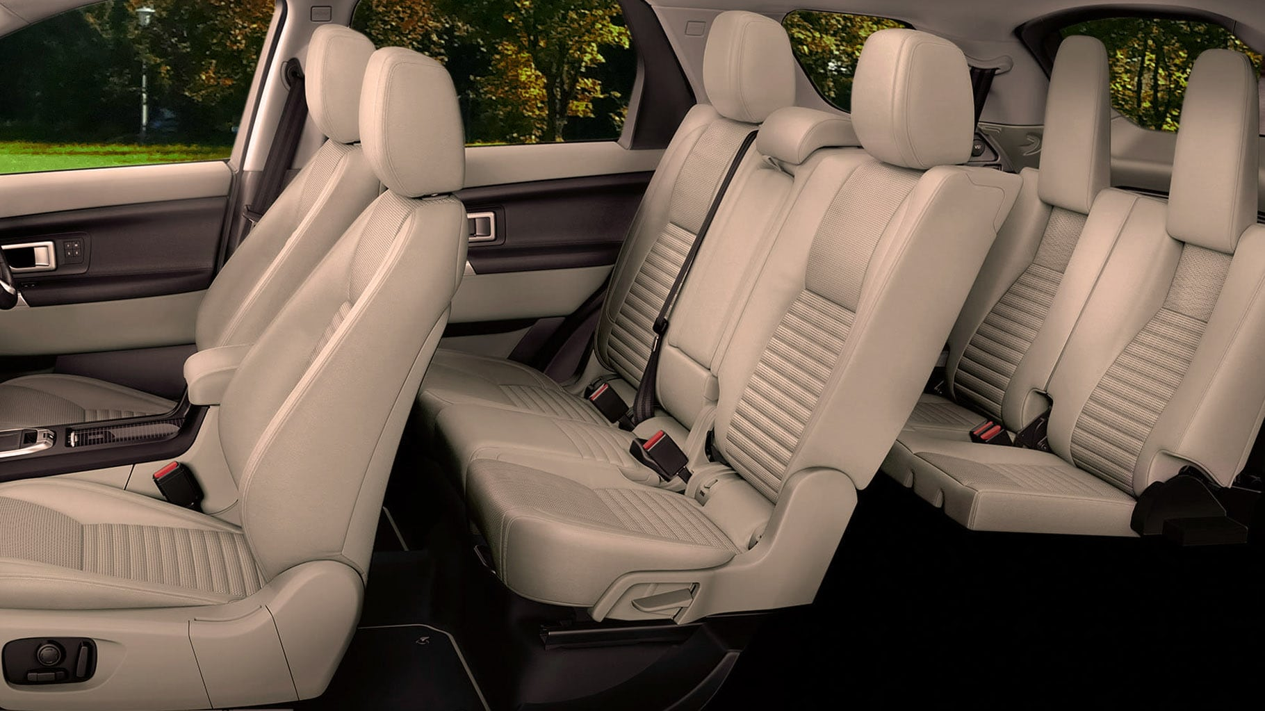 Land Rover Discovery 7 Seater Beige for prestige wedding car hire birmingham