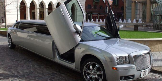 Silver Chrysler 300c Limo